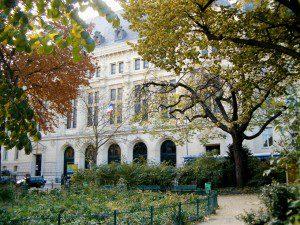 Paul Painlevé parkından Sorbonne'un kuzey cephesi