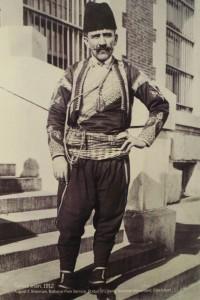Ellis Adasında bir Türk (Osmanlı) göçmen. (Kaynak: Red Star Line Museum Koleksiyonu)